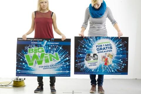 2 für 1: Für den Hängerahmen wurden Promotions- und Preiskommunikation getrennt.